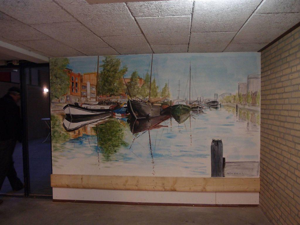 muurschildering in hal van wooncomplex van de schepen in de Oosterhaven in Groningen